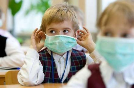 С понедельника ученики начальных классов в Винницкой области пойдут в школу. Старшеклассники будут учиться дистанционно