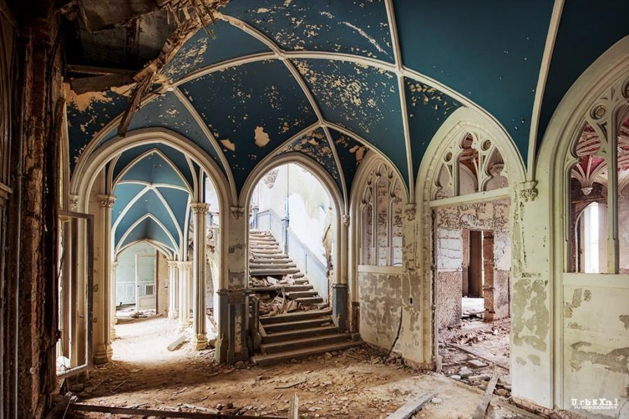замок Наузи, город Сель, провинция Намюр, Бельгия
