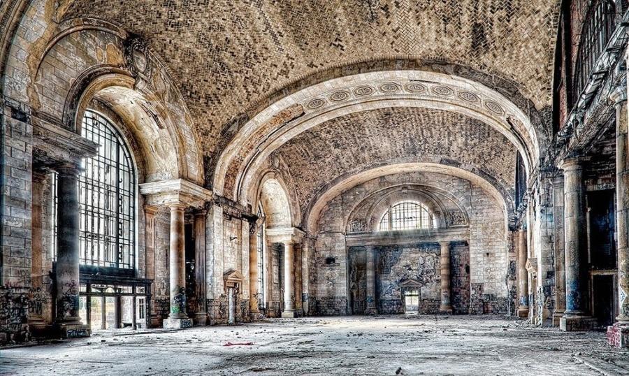 Мичиган, Детройт (Michigan Central Station), США