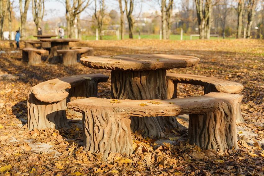 В парке на Тяжилове обустроили зону отдыха. Фото