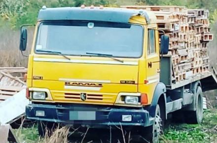 В Виннице оштрафовали водителя КамАЗа, который загрязнил асфальт