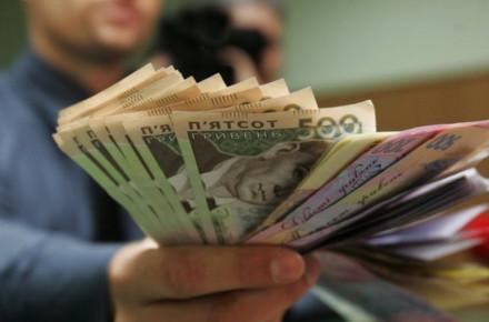 В Винницкой области мошенница за год выманила у мужа более миллиона гривен и потратила их на азартные игры