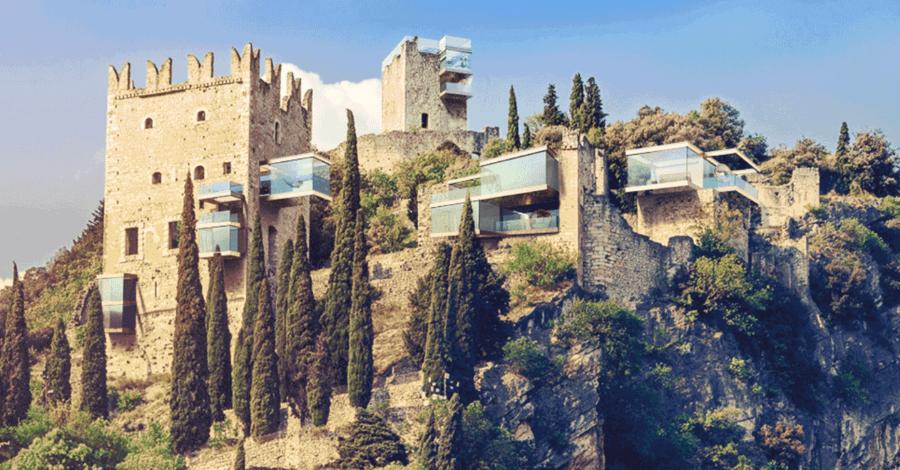Вот как выглядели бы эти заброшенные здания в 21 веке